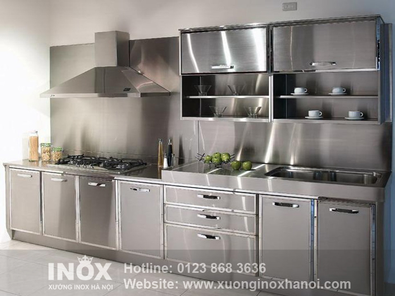 Modern-Kitchen-with-Stainless-Steel-Cabinets